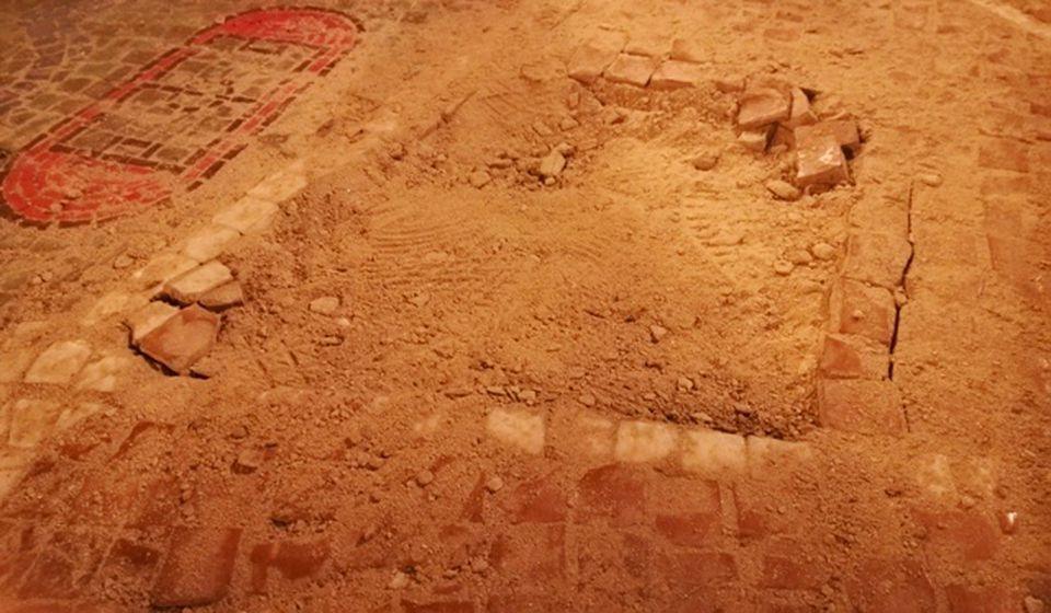 Velika oštećenja na mozaik mapi. Foto VranjeNews