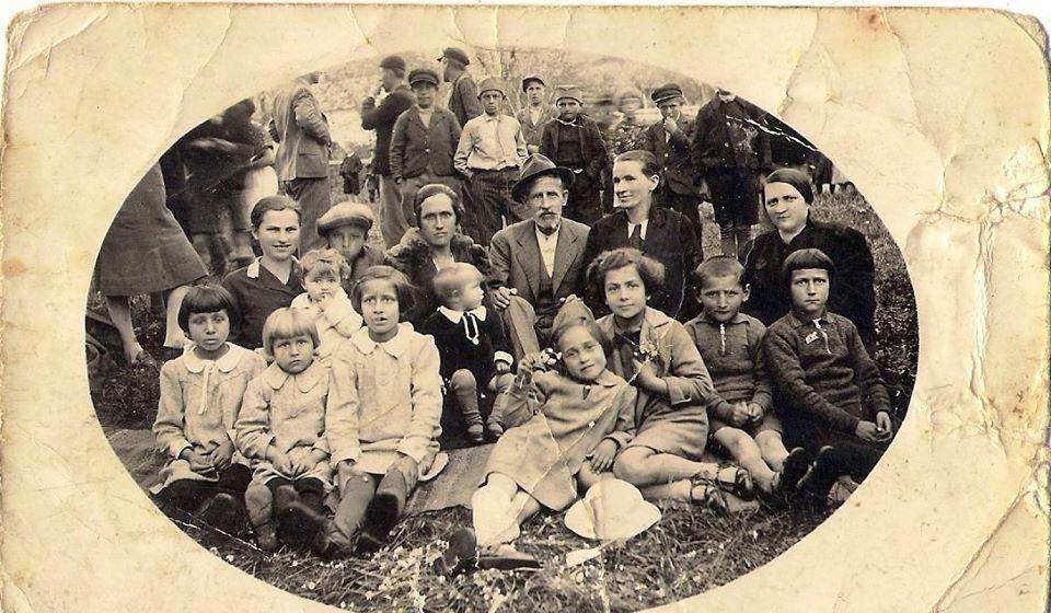 Proslava Đurđevdana u Vranju 1938. godine. Foto porodična arhiva Dragane Krstić