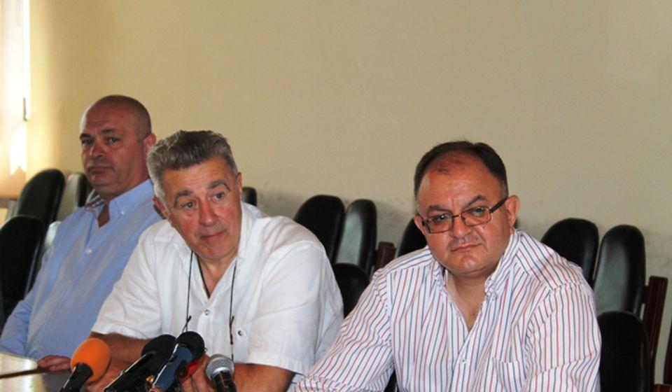 Učiniti sve da mladi ljudi ostanu ovde: Miroljub Stojčić na konferenciji za medije. Foto VranjeNews