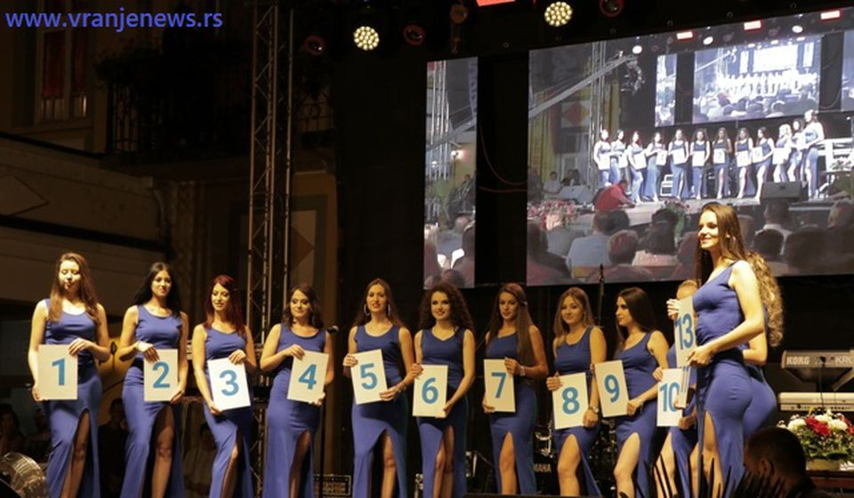 Iščekivanje pred definitivnu odluku žirija. Foto VranjeNews