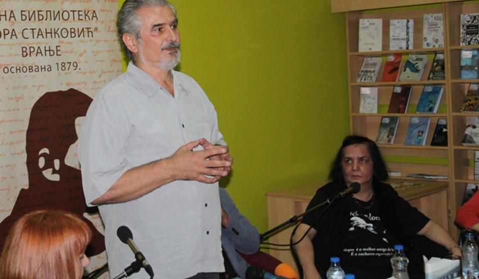 Pisac više nije neko ko sedi na skrovitom mestu i piše romane: Zoran Hamović. Foto VranjeNews