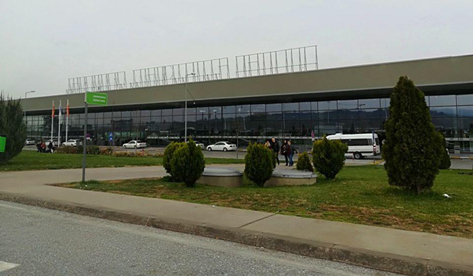 Mesto hapšenja: Skopski aerodrom. Foto VranjeNews