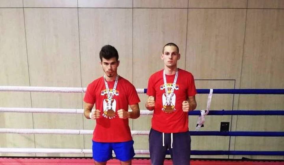 Mladen Stošić i Marko Dinčić, nade srpskog kik-boksa. Foto privatna arhiva