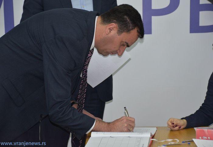 Šef bujanovačkih naprednjaka Nenad Mitrović. Foto Vranje News