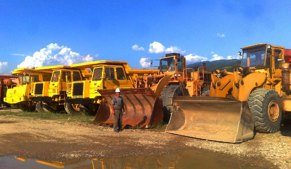 Firma je imala ozbiljnu mehanizaciju i vozni park. Foto www.5d.rs