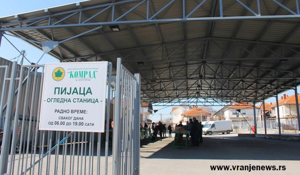 Pijaca u Oglednoj stanici. Foto Vranje News