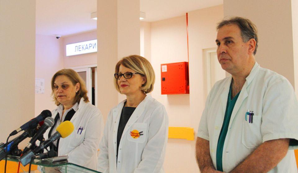 Direktorka sa upravnicima Doma zdravlja i Opšte bolnice. Foto VranjeNews