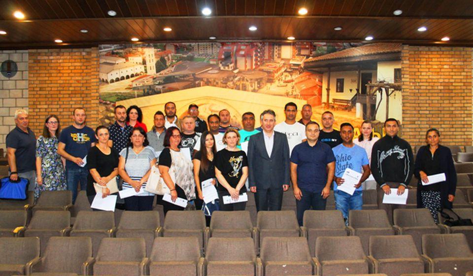 Dobitnici grantova. Foto Vranje News