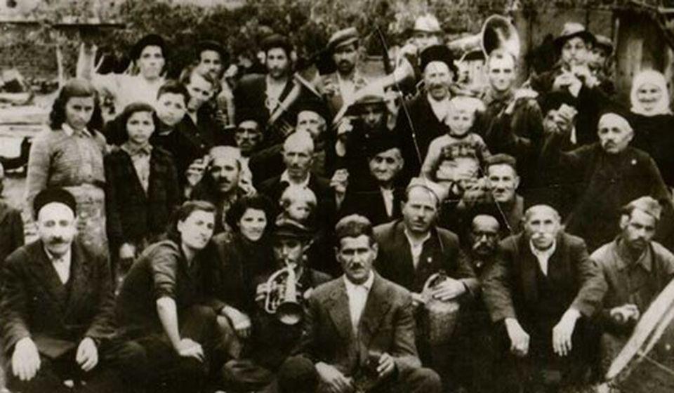 Slavilo se uz pesmu i igru na Pržaru i na Šapranačkom ridu: naselje Šaprance u Vranju. Foto porodična arhiva Dušana Dudeta Đorđevića