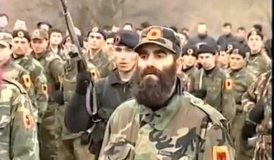 Komandant Leši. Foto printscreen Youtube