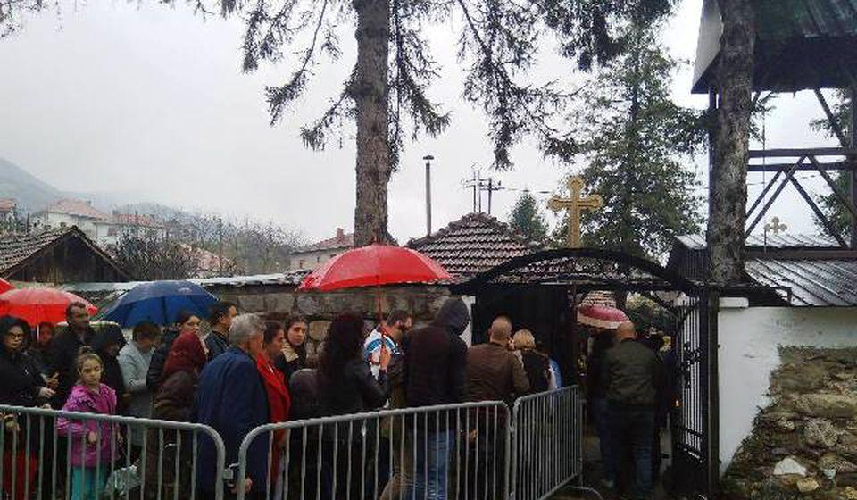 Gužva na ulazu. Foto VranjeNews