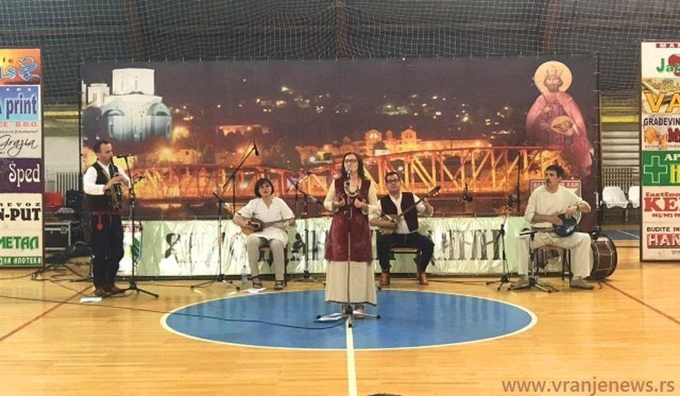 Izvor pre nekoliko dana na koncertu u Vladičinom Hanu. Foto VranjeNews