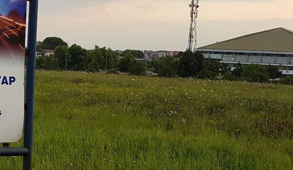 Lokacija pored hipermarketa Roda. Foto VranjeNews