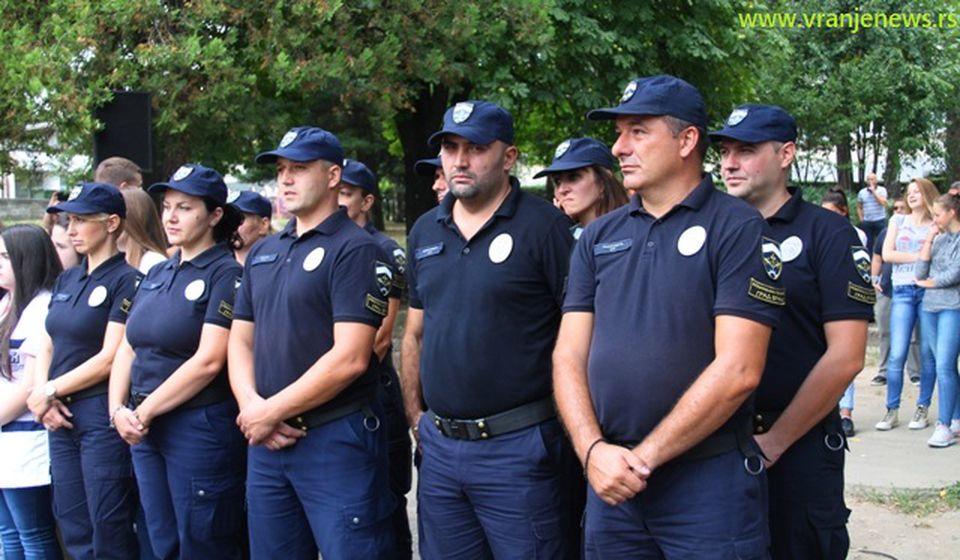 Od danas su milicajci. Foto VranjeNews