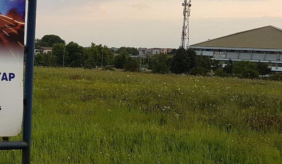 Na ovoj lokaciji će nići novi tržni centar. Foto VranjeNews