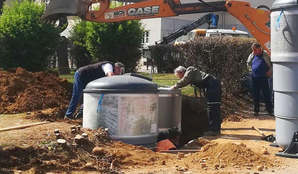 U gradu se postavljaju podzemni kontejneri. Foto VranjeNews