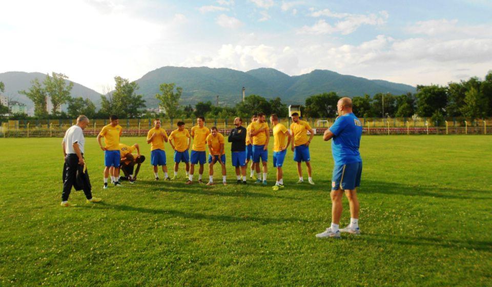 Fudbaleri Dinama tokom priprema u Vranju. Foto VranjeNews