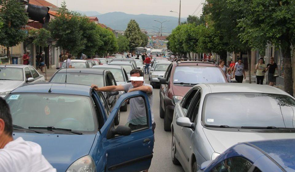 Sa protesta zbog poskupljenja goriva u Vranju u junu 2018. Foto Vranje News