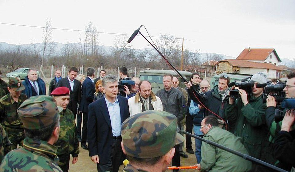 Zoran Đinđić prilikom jednog od dva dolaska na jug Srbije. Foto G.M.A.