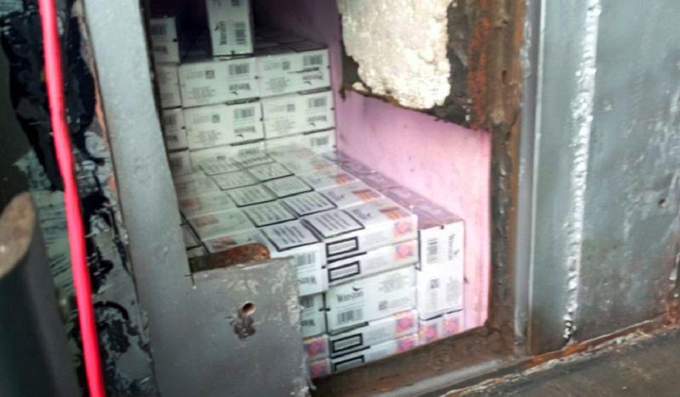 Cigarete pronađene u autobusu bujanovačkih registracija. Foto Uprava carina