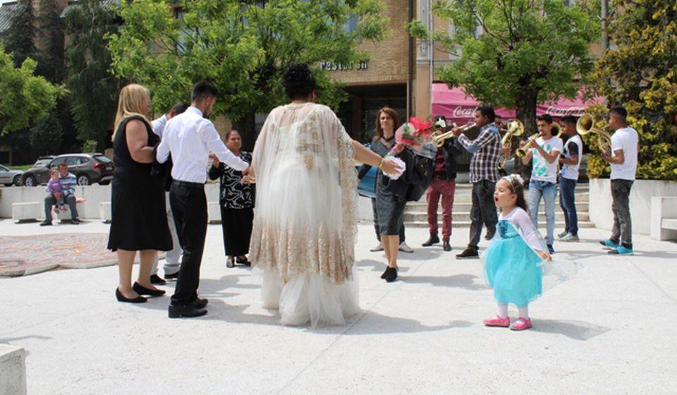 Detalj sa romskog venčanja. Foto VranjeNews