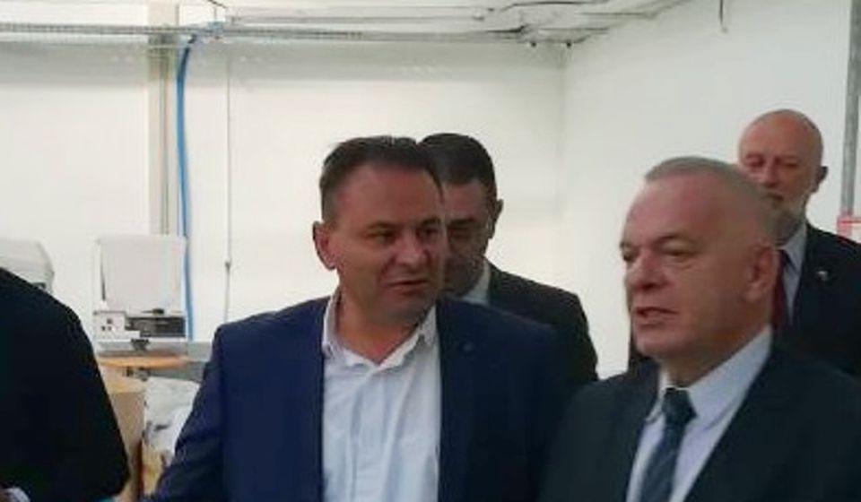 Kostov sa bugarskim ambasadorom Radkom Vlajkovim. Foto Grad Vranje