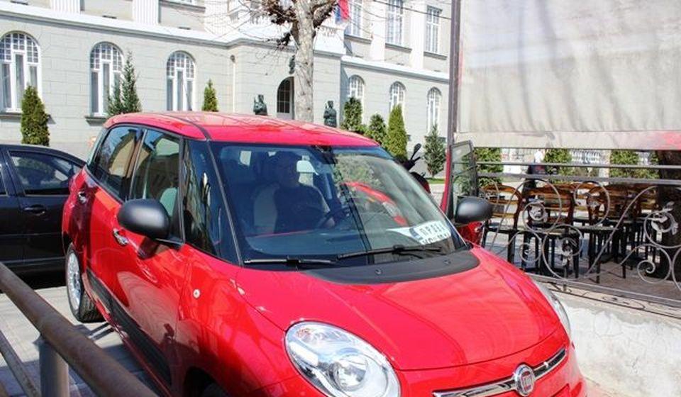 Jedan od fiata 500 L koji je svojevremeno stigao u Vranje. Foto J. Ristić
