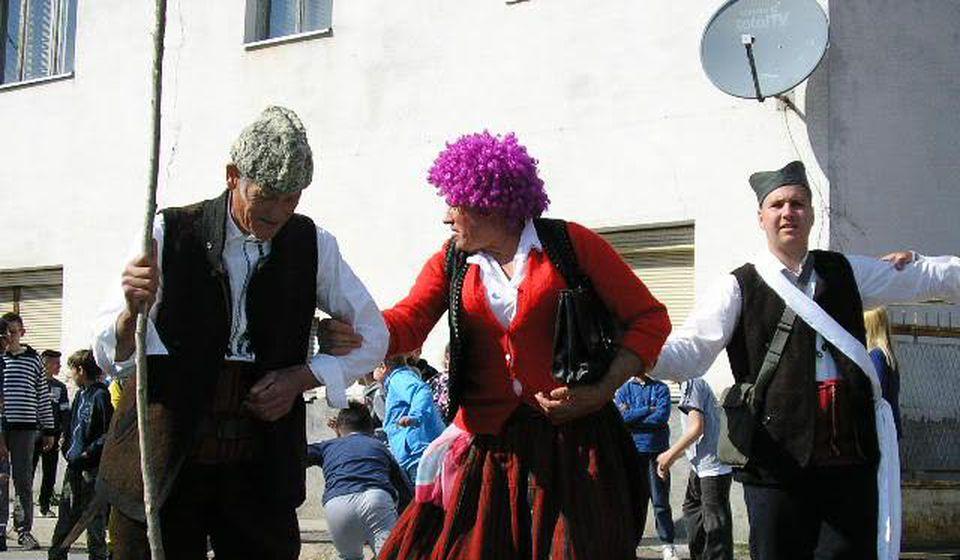 Muška mimičko-dramska igra Drelja Ogorelja postoji i danas u bujanovačkom naselju Zbirište. Foto Bujanovačke