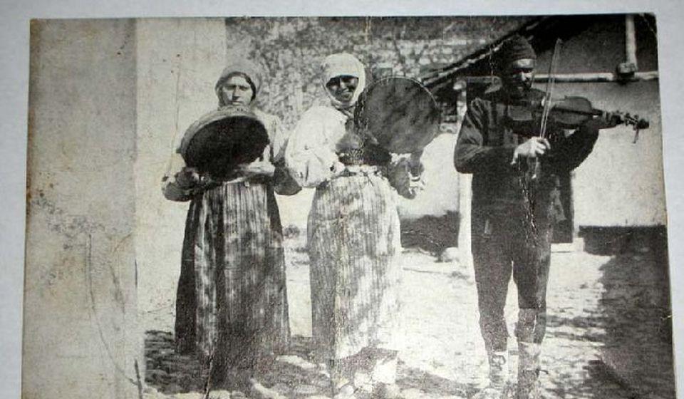 Romkinje dairdžike u Vranju 1917. Foto FB grupa