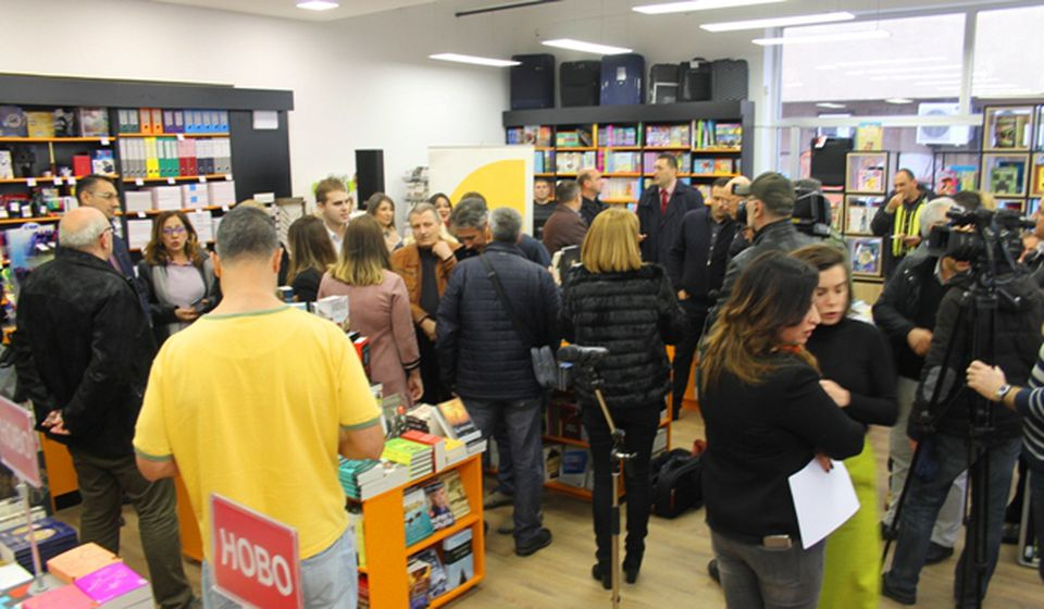 Detalj sa svečanog otvaranja knjižare. Foto VranjeNews