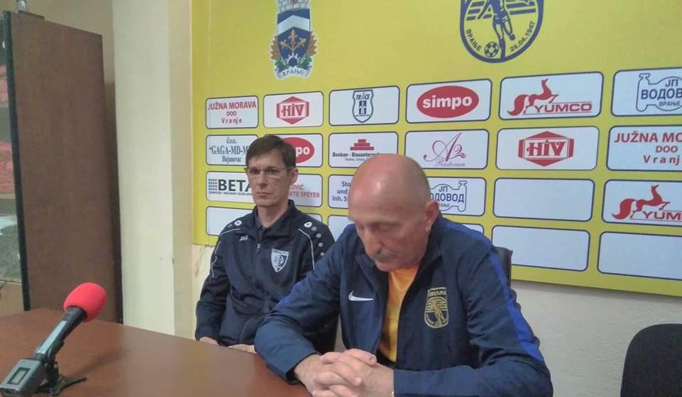 Oprečne izjave o igri u derbiju. Foto VranjeNews