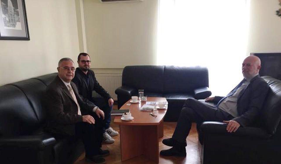 Sa generalnim konzulom prof. dr Edvinom Sugarevim u Nišu. Foto BSC